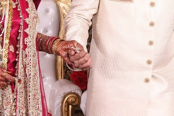 Tips for Happy Married Life in Marathi